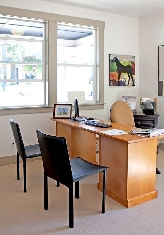 modern-home-office_MyCaXvdd.jpg